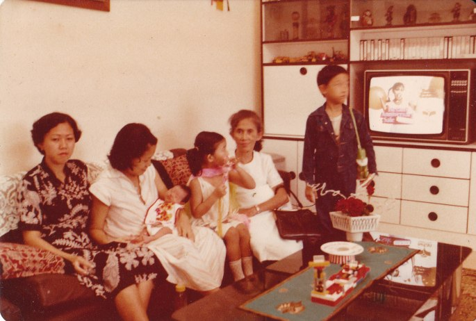 oma_and_family