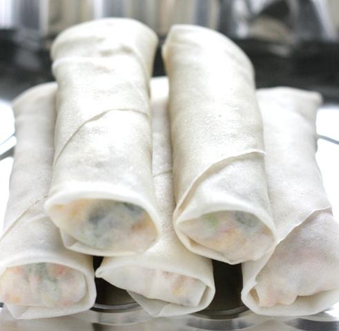 egg rolls uncooked