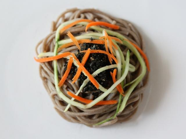 black sesame noodles3